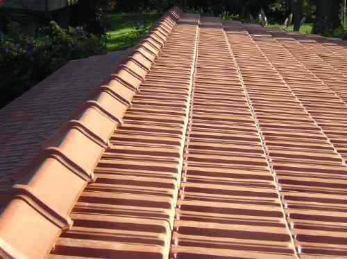 Colocacion de tejas impermeabilizacion enmaderados for Clases de tejas y precios