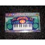 Organo Con Con Varias Melodias Con Microfono Y Graba A Pilas