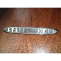 Insignia Letra Studebaker