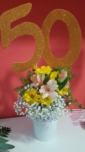 Arreglo Floral Con Flores Naturales Para Eventos En Venta
