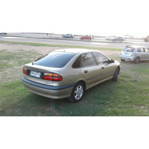 Renault Laguna Rxe 1.8 1999