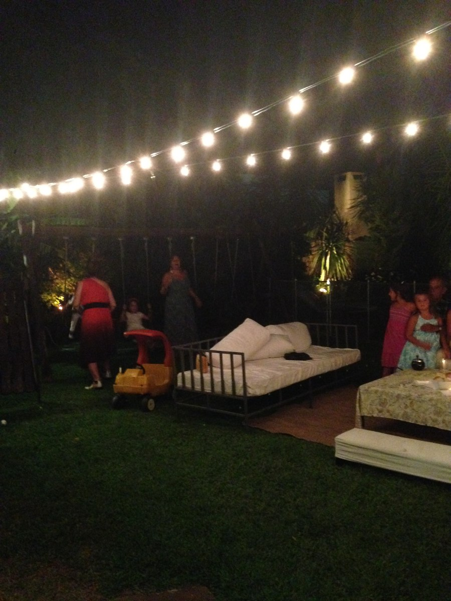Alquiler guias de luces exterior eventos y casamientos - Luces exterior jardin ...