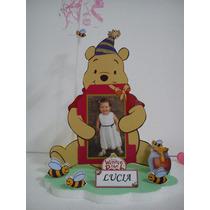 Centros De Winnie Pooh Con La Foto Del Cumpleañero Y Globo