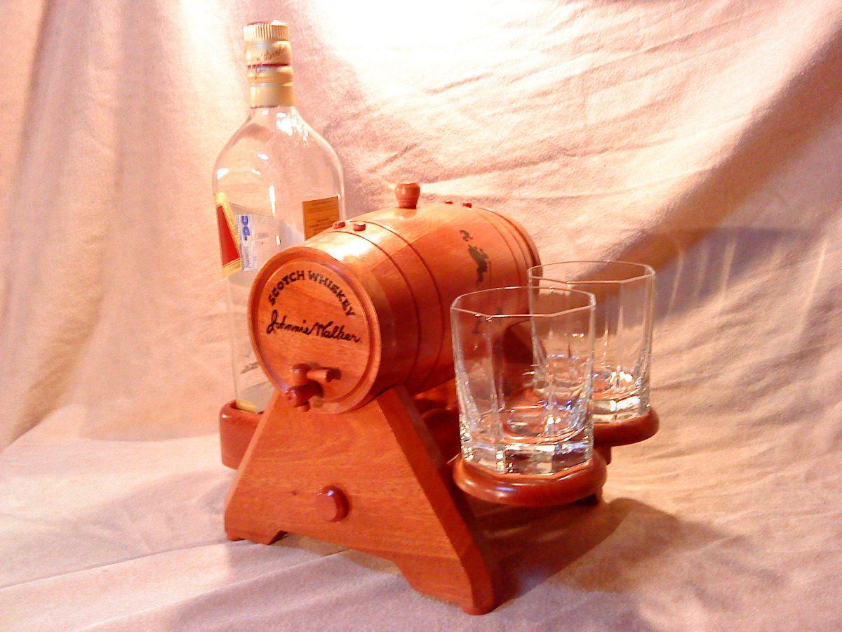 Mini Bar Porta Botella Barril De Madera  $ 4500,00 en MercadoLibre