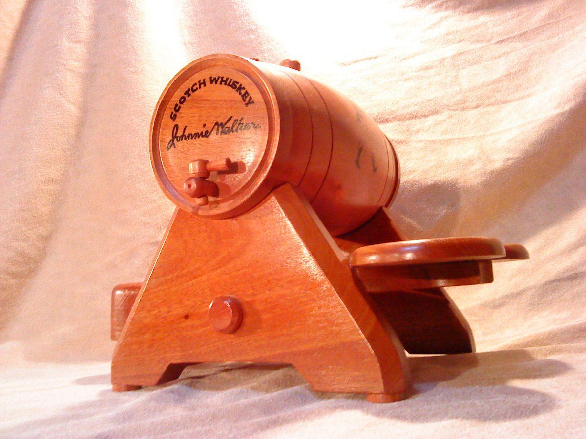 Mini Bar Porta Botella Barril De Madera  U$S 220,00 en MercadoLibre