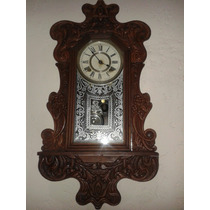 Reloj Antiguo En Madera Labrada