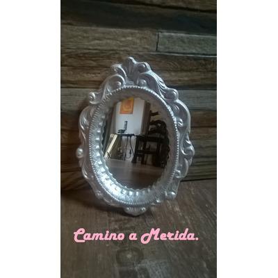 Espejo con marco de yeso estilo vintage 210 00 en for Espejo laringeo 00